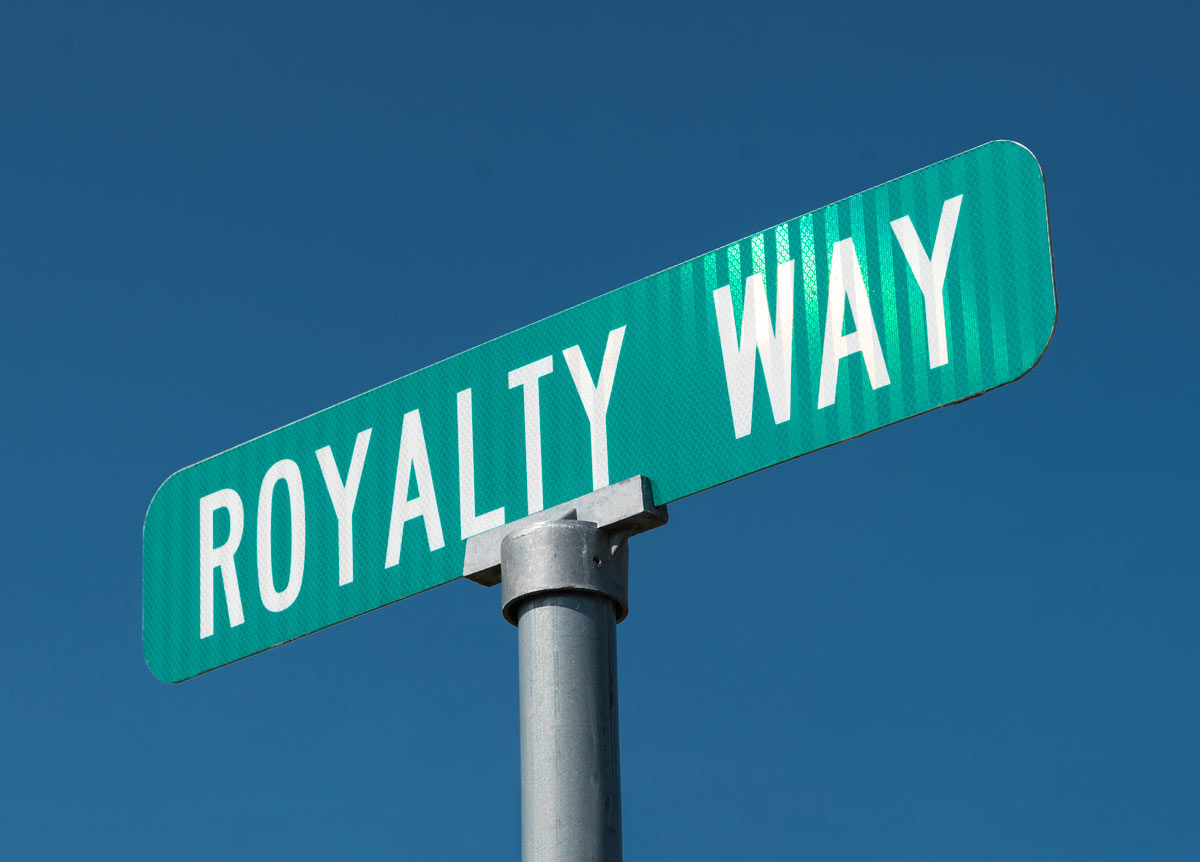 Royalty Way street sign